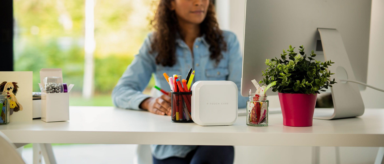 P-touch CUBE Plus white on a desk