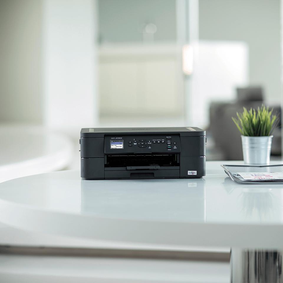 Wireless 3-in-1 Colour Inkjet Printer DCP-J572DW 4